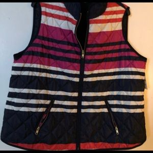 Crown & Ivy quilted vest NWT